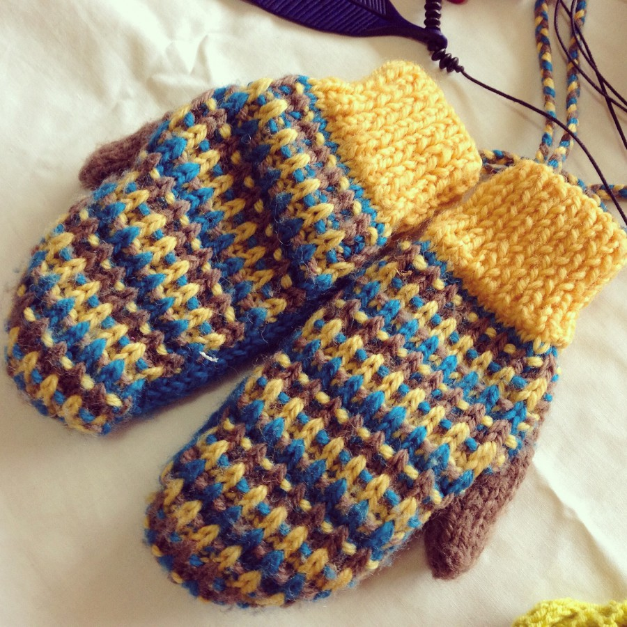Retro Stripe mittens. For the child who thinks wrist pompoms are totally girly and unnecessary.